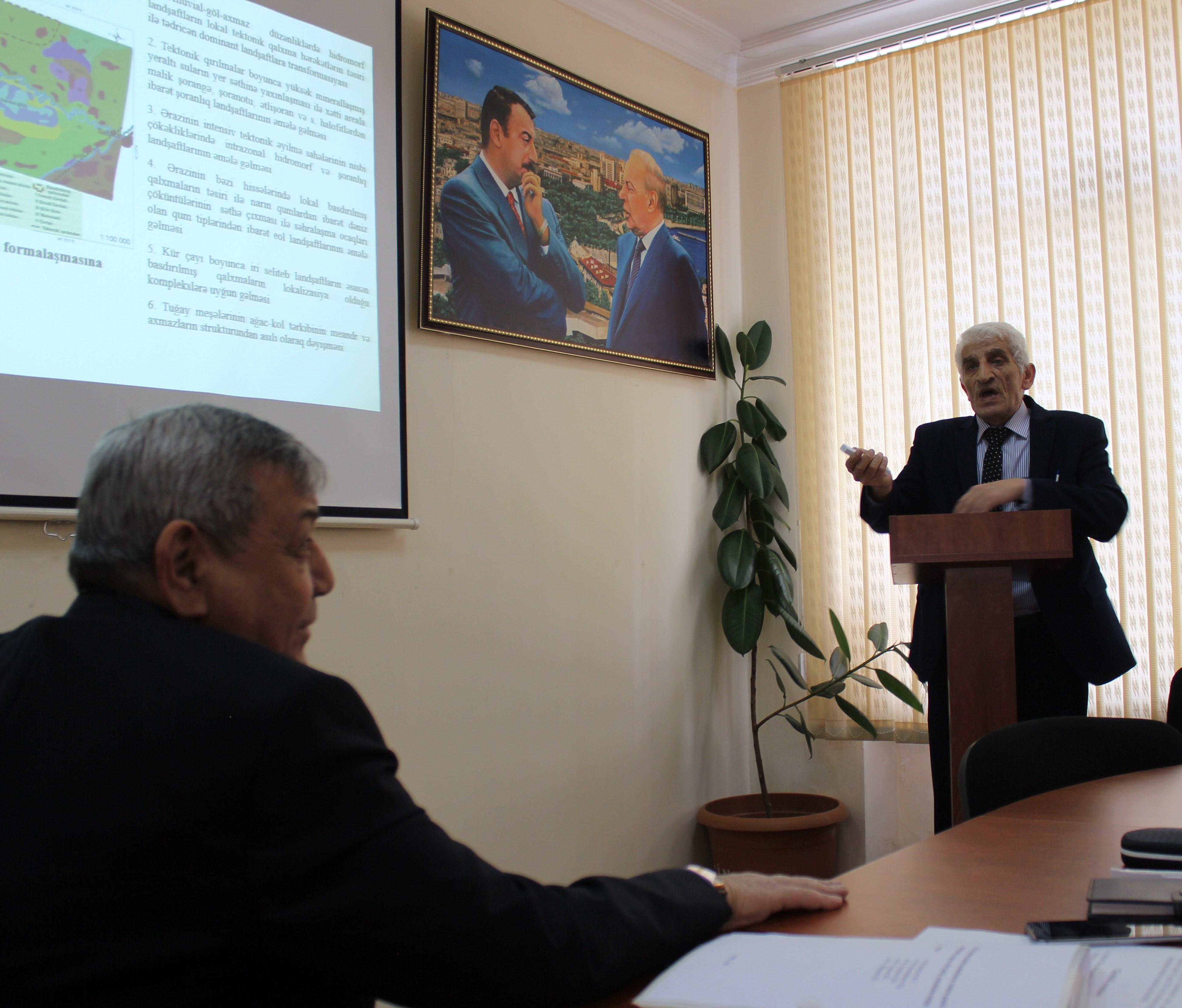 Aprelin 13-də Dissertasiya şurası elmi seminarının növbəti iclası olub